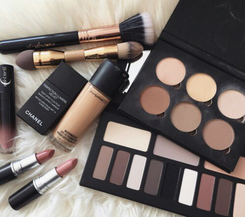 Beauty My 15 Daily Makeup Essentials